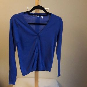 girls blue v-neck cardigan size 10-12